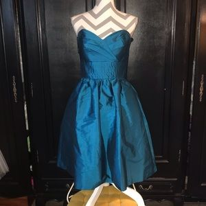 Teal party dress with pockets!